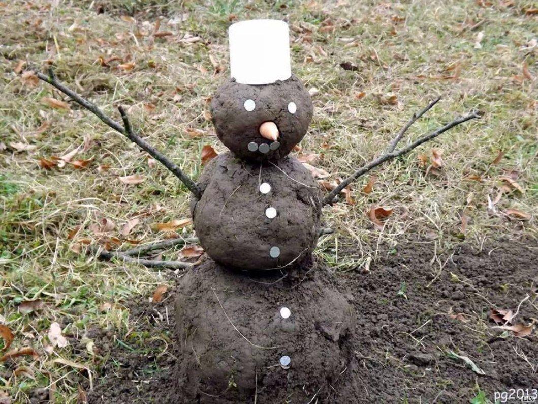 Schneemann aus Matsch